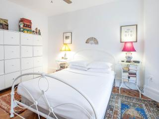 onefinestay - Lefferts Avenue apartment - Brooklyn vacation rentals