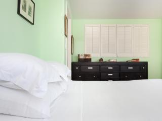 onefinestay - Cathedral House private home - New York City vacation rentals