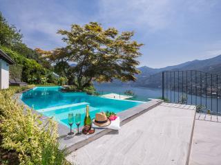Beautiful Lake Como Villa near Moltrasio - Villa Alessio - Torno vacation rentals