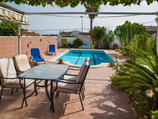 Comfortable House with Internet Access and A/C - Torrevieja vacation rentals