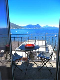 Bright 1 bedroom Feriolo Apartment with Internet Access - Feriolo vacation rentals