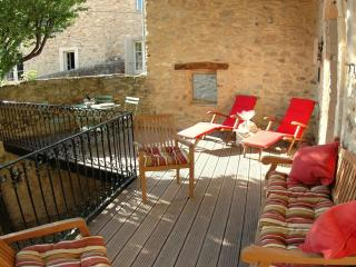 Nice House with Internet Access and Satellite Or Cable TV - Saint-Victor-la-Coste vacation rentals