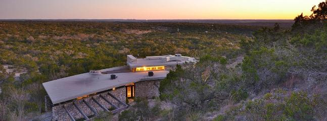 Romantic 1 bedroom Wimberley Cabin with Central Heating - Wimberley vacation rentals
