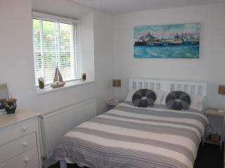 Seascape Apartment - Beach front close to Town - Worthing vacation rentals