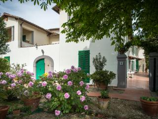 Comfortable House with Internet Access and A/C in Sesto Fiorentino - Sesto Fiorentino vacation rentals