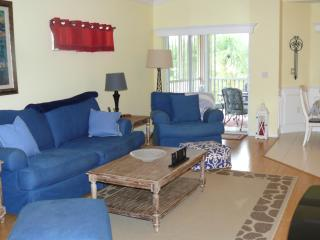 Fully stocked S Ft Myers Condo Winter Sale - Fort Myers vacation rentals
