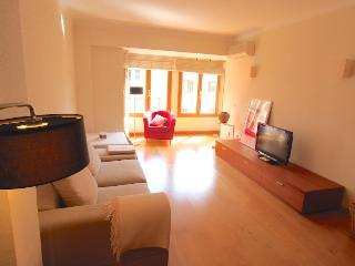 Amplio apartamento Ramon i Cajal - Palma de Mallorca vacation rentals