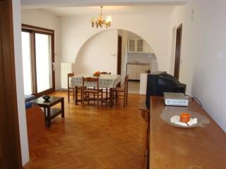 A5 Apartment 4+1, Villa Agata Pula - Banjole vacation rentals