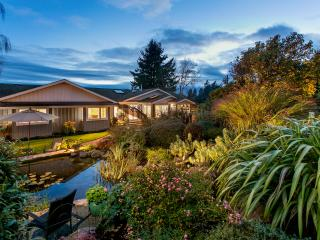 Beautiful Private Estate Spectacular setting - Victoria vacation rentals