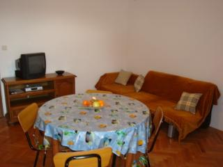 A6 Apartment 4+1, Villa Agata Pula - Banjole vacation rentals