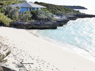 Ocean view secluded beach villa - Staniel Cay vacation rentals