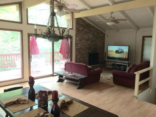 Perfect Location in Lake Naomi - Pocono Pines vacation rentals