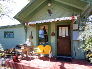 2 bedroom House with Internet Access in New Braunfels - New Braunfels vacation rentals