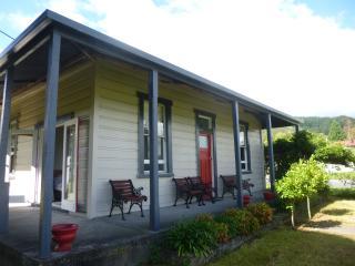 Reefton villa with rainforest views - Reefton vacation rentals