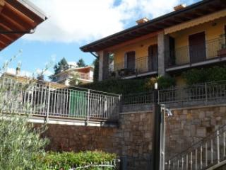 2 bedroom Condo with Internet Access in San Zeno di Montagna - San Zeno di Montagna vacation rentals