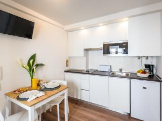 Brand New ! Cozy Apartment in historical Alfama. - Lisbon vacation rentals