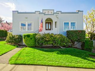 Modern Retro North Tacoma Home- sleeps 8 - Tacoma vacation rentals