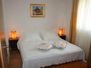 TH01954 Apartments Barba / Two Bedrooms B2 - Mastrinka vacation rentals