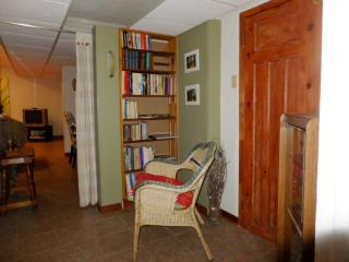 Oasis next to Ottawa and Gatineau Park - Hull vacation rentals