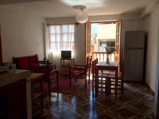 Comfortable Condo with Television and DVD Player - Ollantaytambo vacation rentals