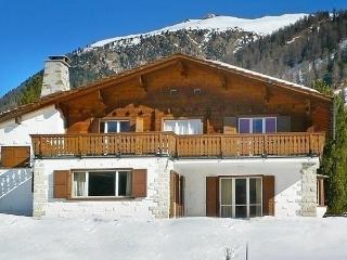 Sunny House with Internet Access and Dishwasher - Pontresina vacation rentals