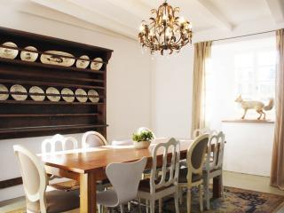 Maison Craux - Manoir (10 personen) - Saint-Sauveur-de-Montagut vacation rentals
