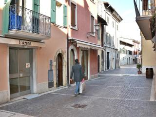Apartment Oliif - Torri del Benaco vacation rentals