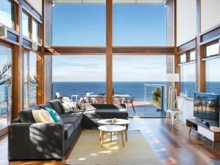 Sea Cliff Escape At Coalcliff Beach - Coalcliff vacation rentals