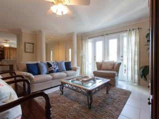 White Sandy Beach House-1mile to Vanderbilt Beach! - Naples vacation rentals