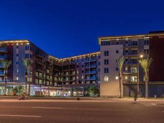 Scottsdale Quarter-ALL NEW-Two Bedroom-Two Bath - Scottsdale vacation rentals
