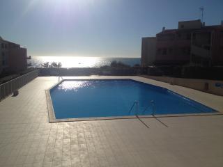 T2, 50m de la plage, vue mer - Cap-d'Agde vacation rentals