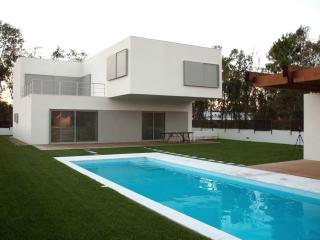 4 bedroom House with Internet Access in Comporta - Comporta vacation rentals