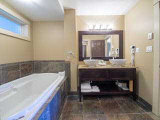 Creekside Suites One Bedroom 211A - Nanoose Bay vacation rentals
