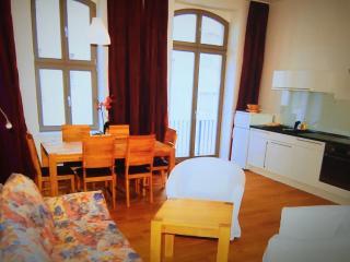 Aparte Wohnung im eleganten Stil - Düsseldorf vacation rentals