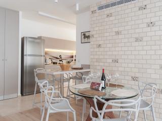 Smolenskin delux - Jaffa vacation rentals