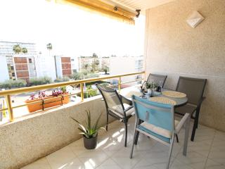Bright 2 bedroom Condo in Salou - Salou vacation rentals