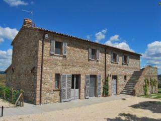 Nice 4 bedroom Allerona Villa with Internet Access - Allerona vacation rentals