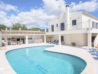 Nice Farmhouse Barn with Balcony and DVD Player - Cala d'Or vacation rentals