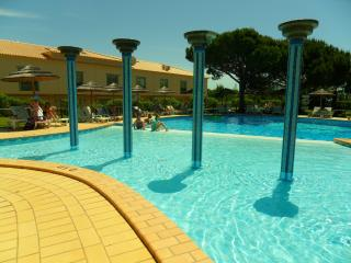 2 bedroom Apartment with Internet Access in Branqueira - Branqueira vacation rentals