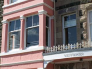 2 Bedroom Apartment with stunning views- sleeps 4 - Aberdovey / Aberdyfi vacation rentals