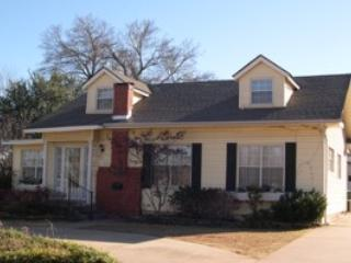Charming Cottage in the Heart of Town - Edmond vacation rentals