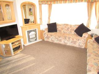 3 bedroom Caravan/mobile home with Television in Towyn - Towyn vacation rentals