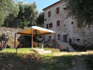 Schöne Fewo Casa Silvia 4 Pers - Torri del Benaco vacation rentals