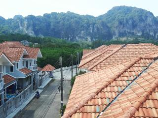 Green Leaf Guest House - Dormitories - Ao Nang vacation rentals
