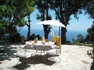 Appartement Elba F2 /F3 vue sur mer - Sisco vacation rentals