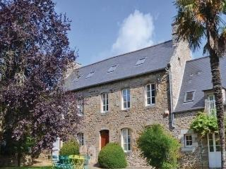 5 bedroom House with Dishwasher in Saint-Samson-sur-Rance - Saint-Samson-sur-Rance vacation rentals