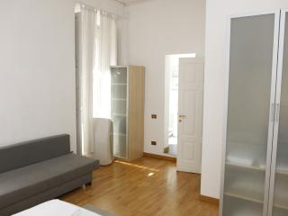 Family room in Duomo - Milan vacation rentals