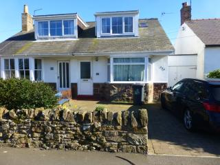 3 bedroom Cottage with Internet Access in Seahouses - Seahouses vacation rentals