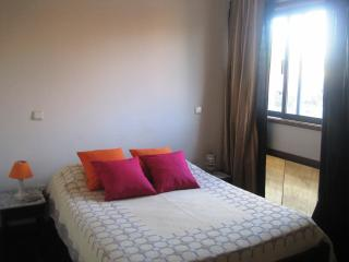 doble room  with private bath in Espinho 1km beach - Espinho vacation rentals