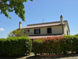 Girasole countryhouse apartment - Todi vacation rentals